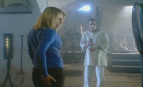 Billie Piper as Rose admiring her rear